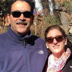 Luis & Elida user icon