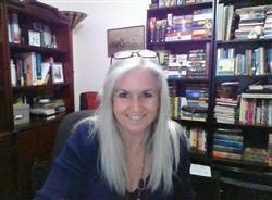 Suzanne user icon